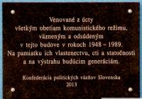 Komunisti a eštebáci Smer-SD zahladzujú stopy zločinov nedávnej minulosti.