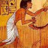 Kolaps pyramídového systému centrálneho bankovníctva