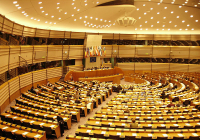 Nenažraní europoslanci