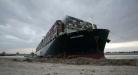 Zablokovaný Suez