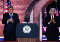 Pence sa spojil s Trumpom