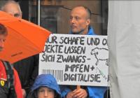 Protesty v Berlíne pokračujú, a nielen tam