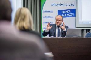 Zo seminára 9.12.2013 v Bratislave, foto Martin Haburaj