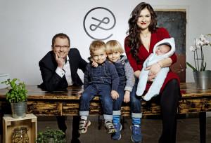 Vladimír Pikora a Markéta Šichtařová s deťmi
