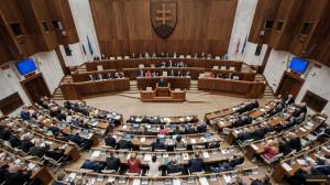 parlament-clanokW
